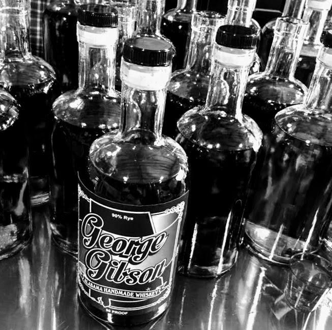 Black and white Gibson Rye Photo